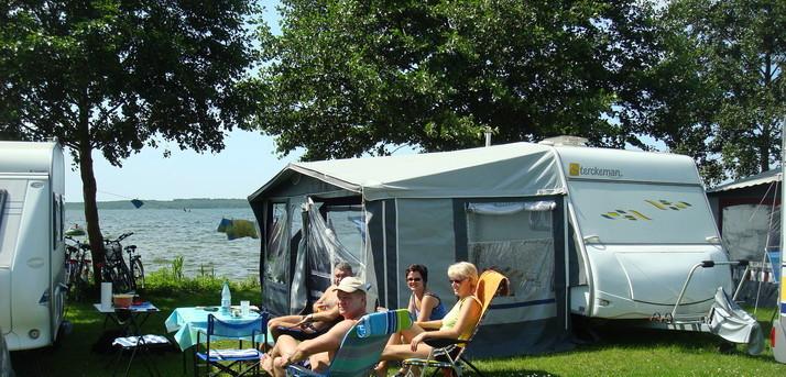 camping in deutschland campingplatz mecklenburgische. Black Bedroom Furniture Sets. Home Design Ideas