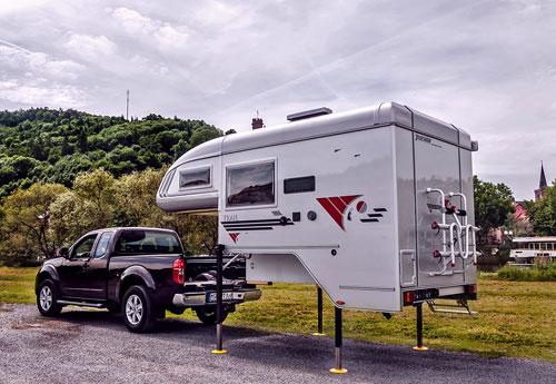 camping in deutschland meldung camping caravan absetzkabinen f r pick ups. Black Bedroom Furniture Sets. Home Design Ideas