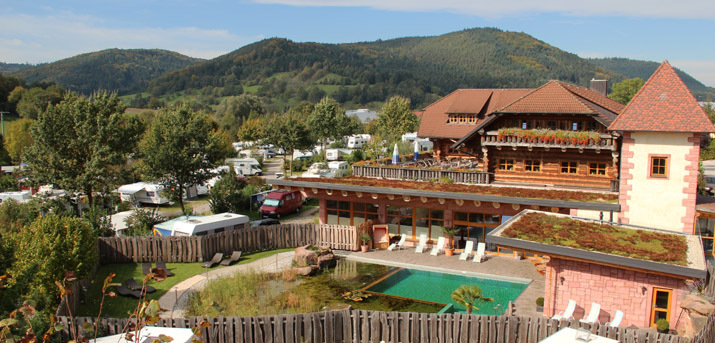 (c) Ferienparadies Schwarzwälder Hof